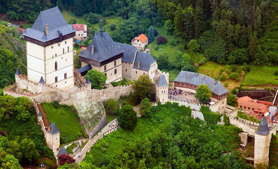 Karlštejn Castle Tour Prague Airport Transfers